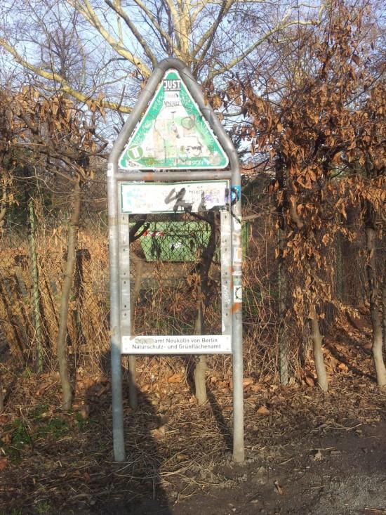 Radfahren verboten 05 550x733 Guter Cop   böser Cop: Radfahren verboten