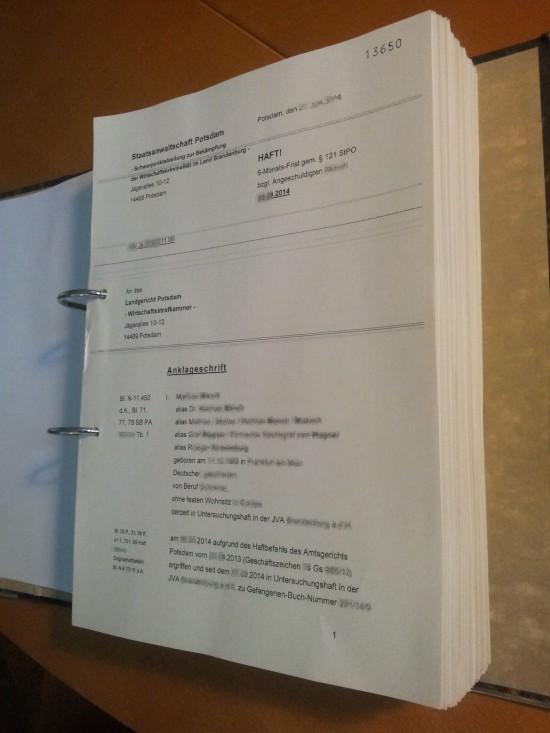 Anklage 550x733 Fleißarbeit, Preisfrage und Stimmungsaufheller